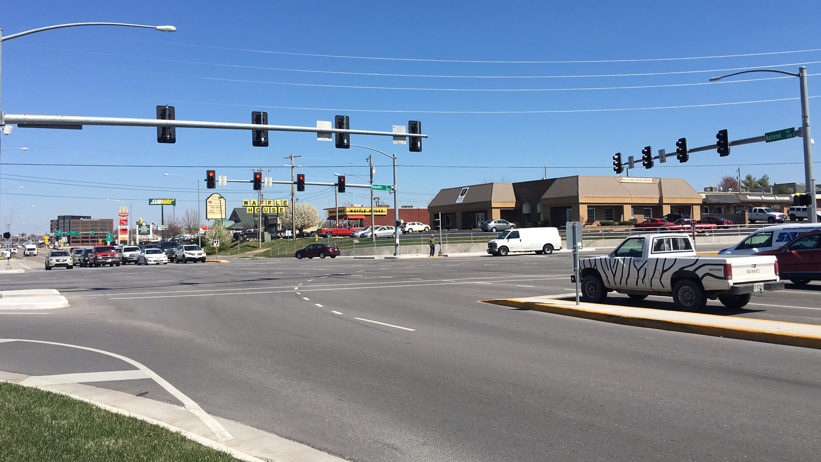 National Avenue & Republic Road Intersection