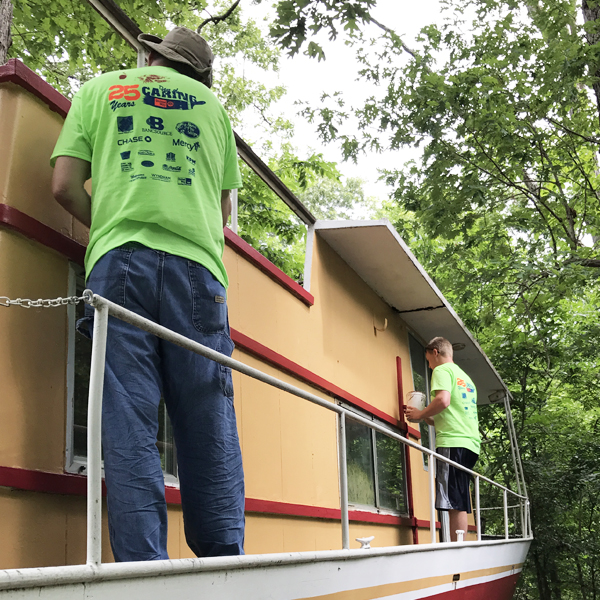 Springfield, MO Office Volunteers for United Way Day of Caring 2017
