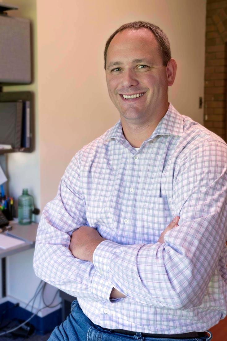 Doug Gregory, CM