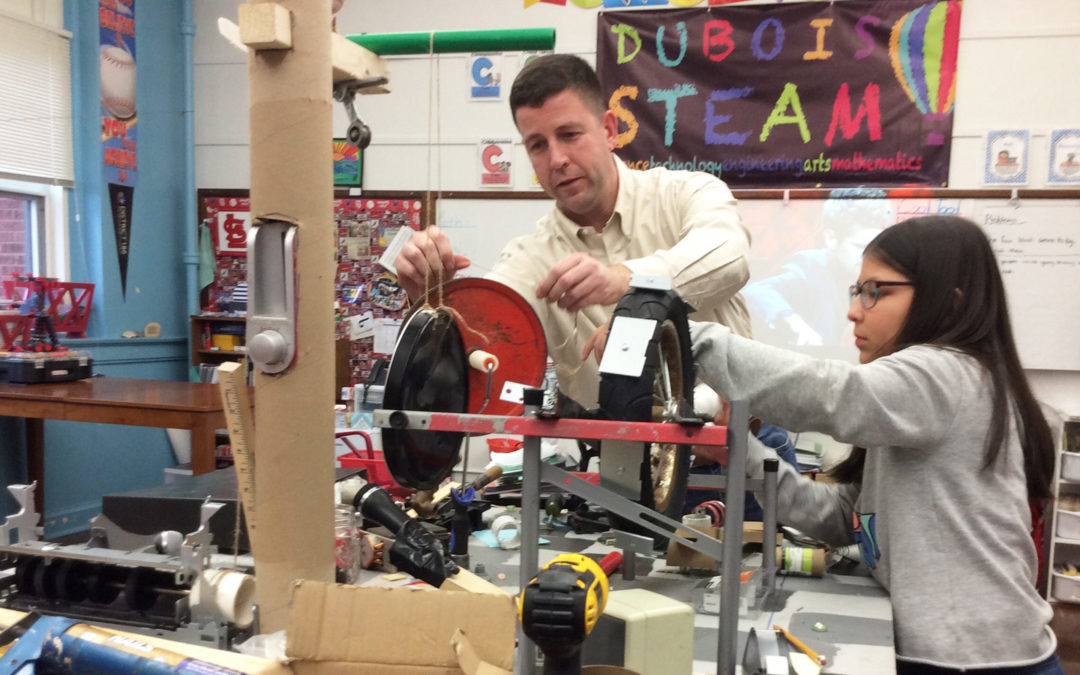 CMT Professionals Lend a Hand at Rube Goldberg Competition